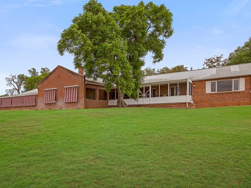 Barraba, address available on request