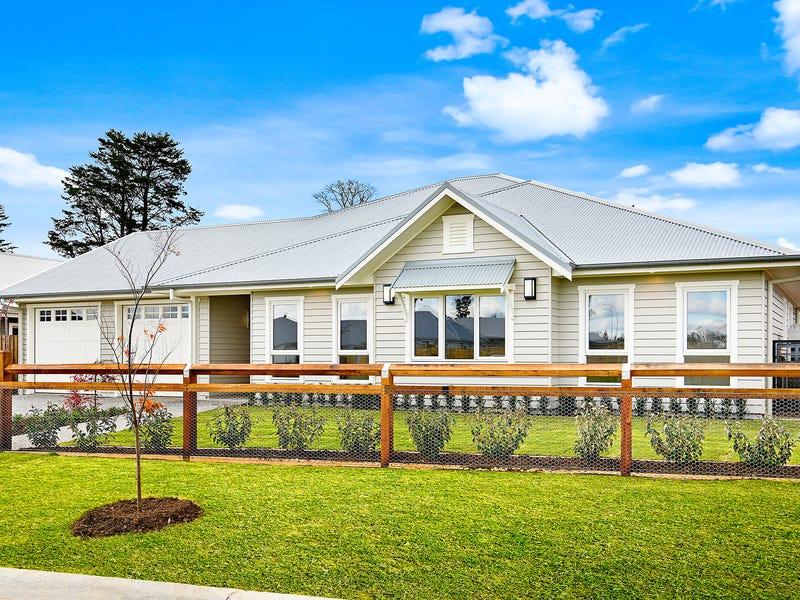 59 Sir James Fairfax Circuit, Bowral, NSW 2576
