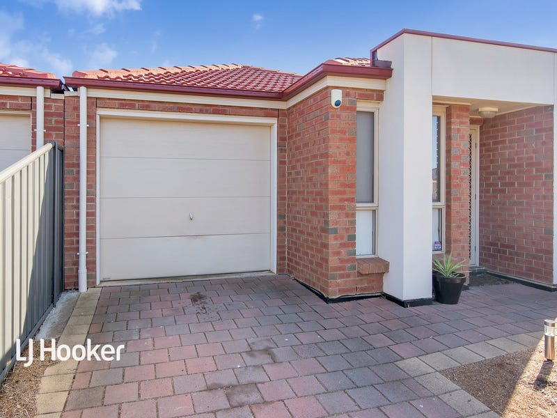 29 Lonsdale Crescent, Andrews Farm