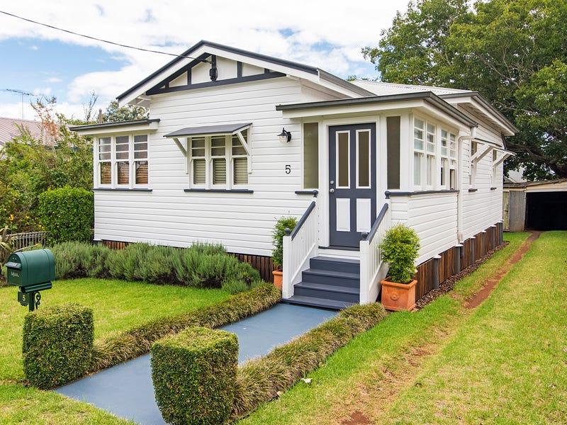 5 Knight Street, North Toowoomba, Qld 4350