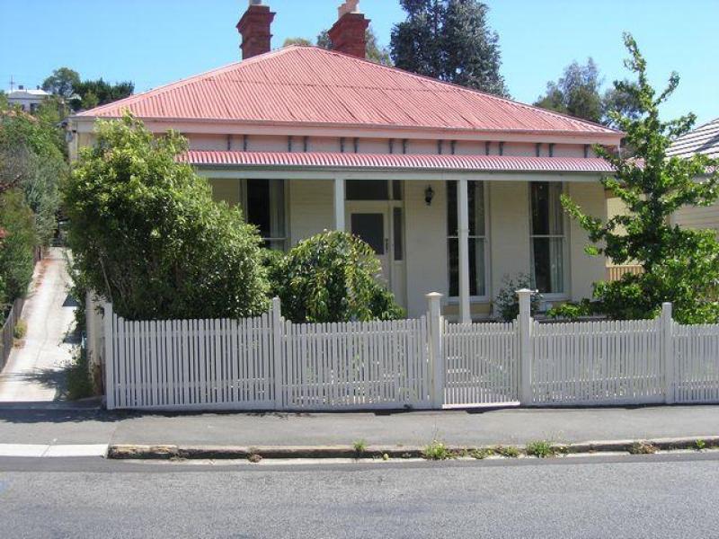 1/65 Newdegate Street, West Hobart, Tas 7000