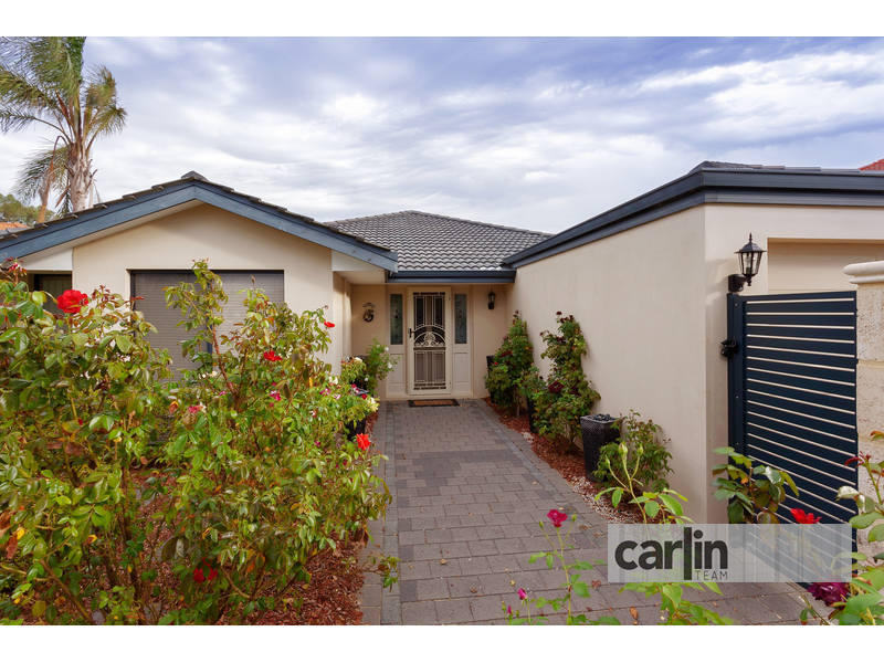14 Calytrix Crescent, Success, WA 6164
