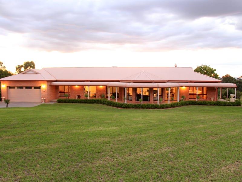 1 Gower Hardy Circuit, Cowra, NSW 2794