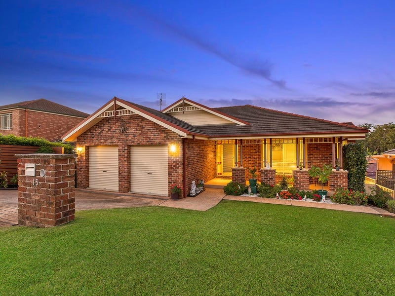 13 Rembrae Drive, Green Point, NSW 2251