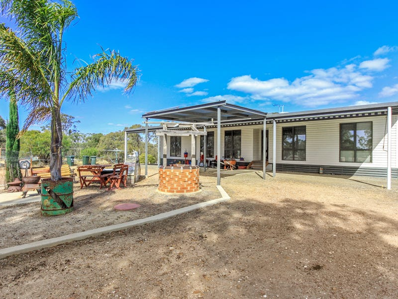 47 Rayma Road, Costerfield, Vic 3523