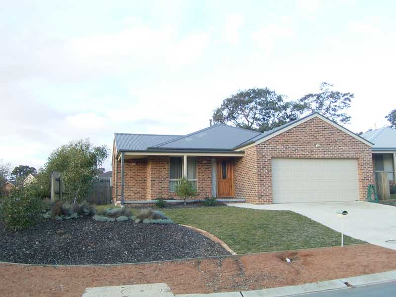 1A ALBIZIA PLACE, Jerrabomberra, NSW 2619