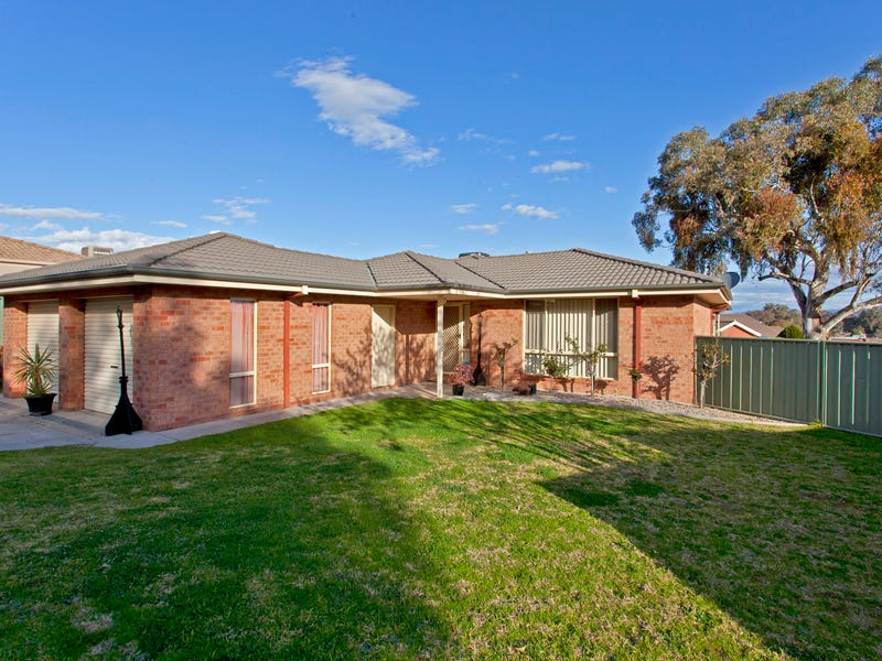 63 Darrambal Drive, Lavington, NSW 2641