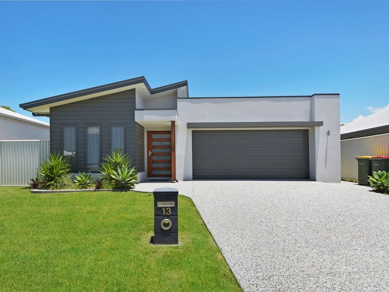 13 Severn Place, Pelican Waters, Qld 4551