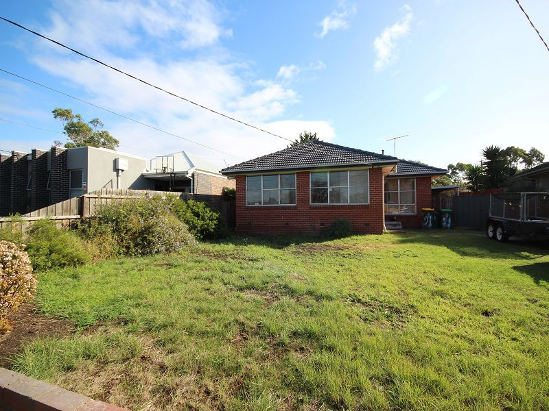 21 Cropley Crescent, Laverton, Vic 3028