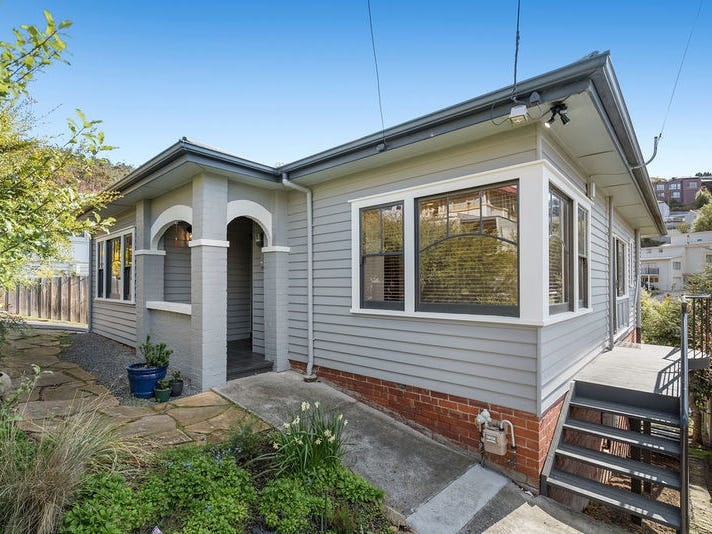 31 Cato Avenue, West Hobart