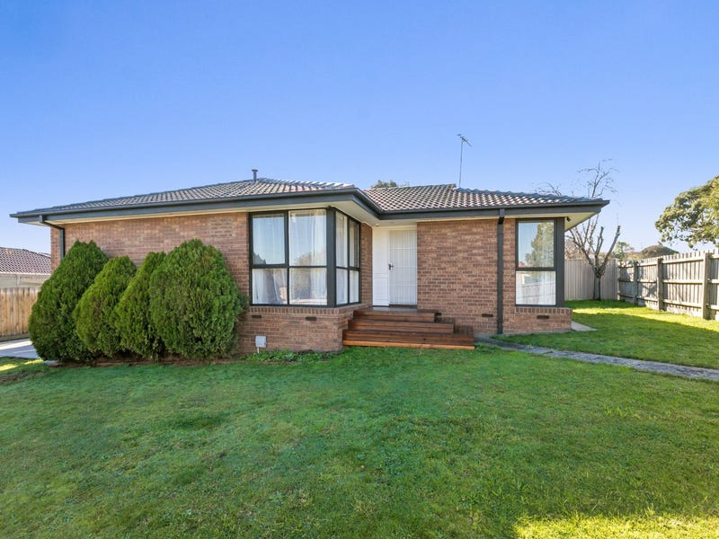 67 Gleneagles Drive, Endeavour Hills, Vic 3802