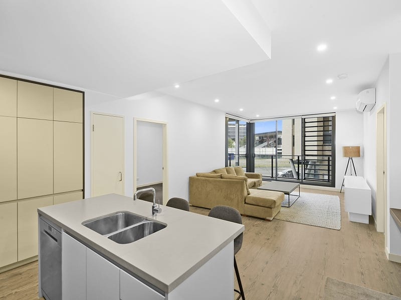 203/81A Lord Sheffield Circuit, Penrith, NSW 2750