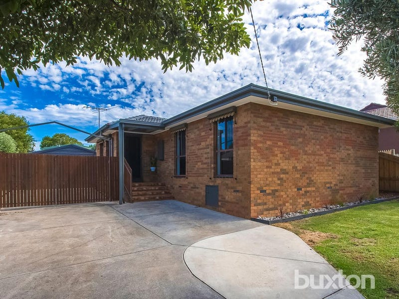 33 Edison Road Bell Post Hill Vic 3215 - House for Rent