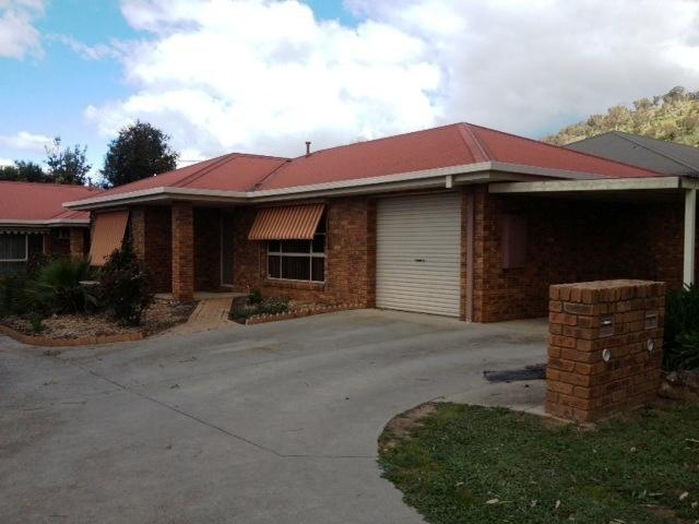 1/12 Bent Place, Wodonga, Vic 3690