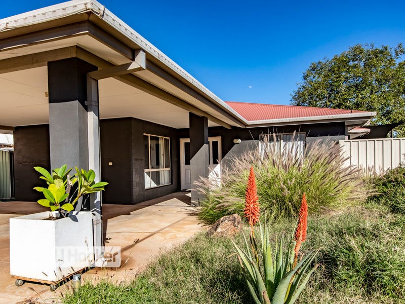 11 Coppock Court, Desert Springs, NT 0870