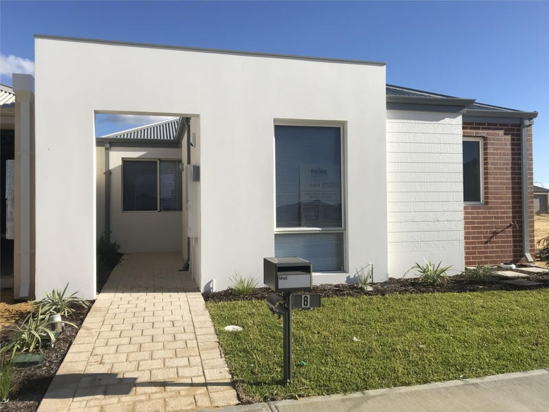 8  Baltic Approach, Piara Waters, WA 6112