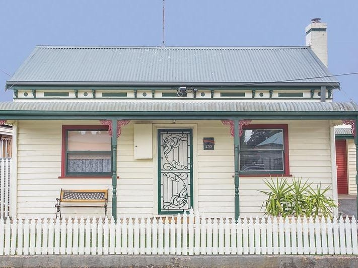 209 Brougham Street, Soldiers Hill, Vic 3350