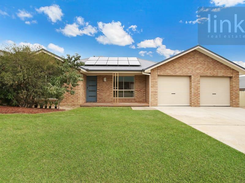 62 Dunne Crescent, Thurgoona, NSW 2640
