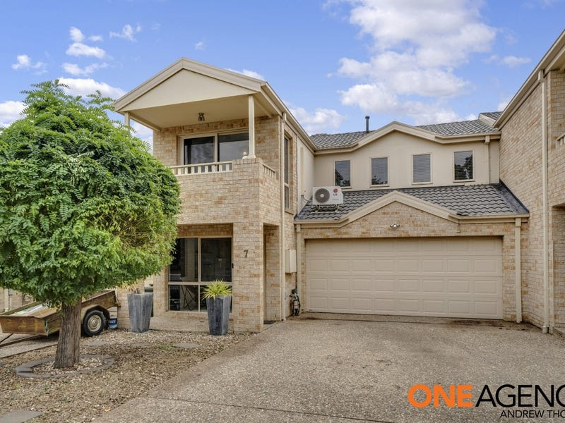 7 Opal Street, Banks, ACT 2906
