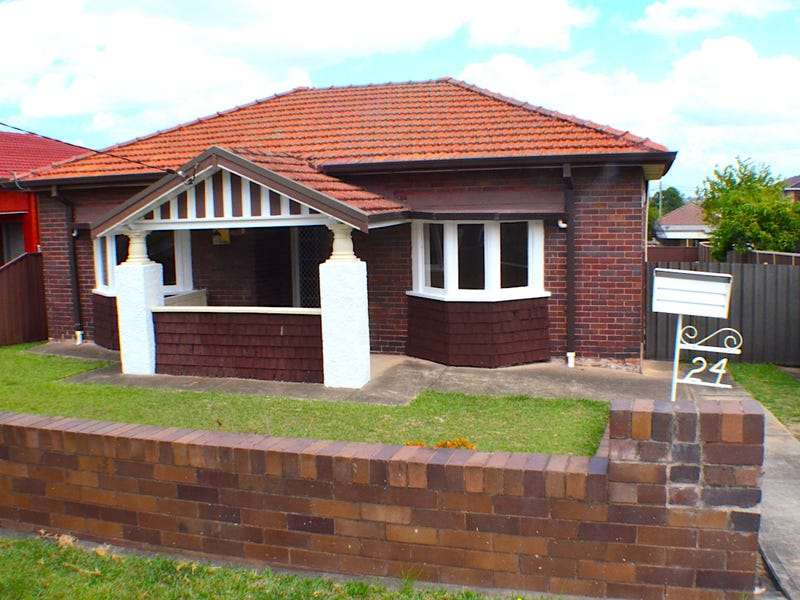 24 Griffiths Ave, Punchbowl