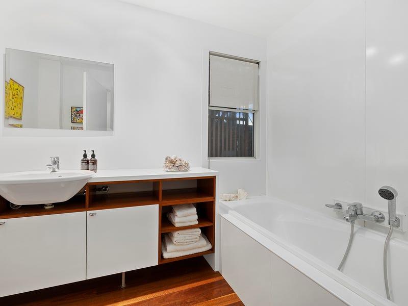 19 Kennedy Terrace, Paddington, Qld 4064