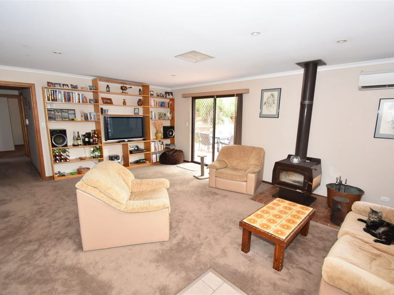 8 Dalby Court, East Side, NT 0870