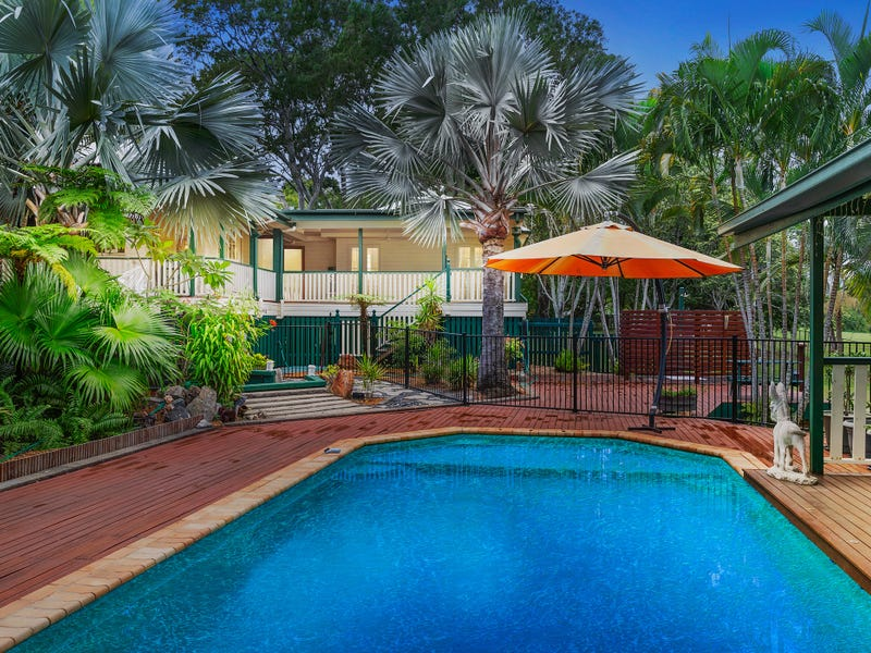 170 Campbell Parade, Beachmere, Qld 4510