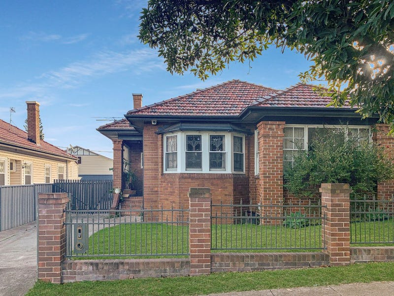 32 Woodstock Street, Mayfield, NSW 2304
