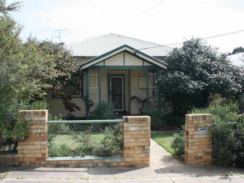 18 Richard Street, Wagga Wagga, NSW 2650