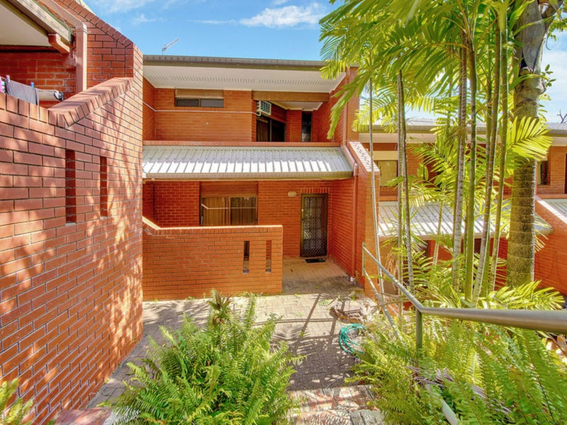 5/33 Scenic Highway, Cooee Bay, Qld 4703