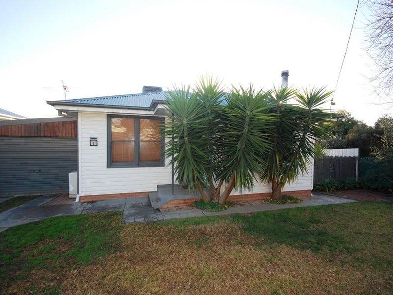 2 Hunter Street, Mount Austin, NSW 2650