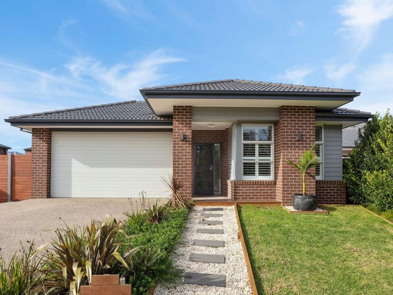 11 Annmaree Drive, Indented Head, Vic 3223