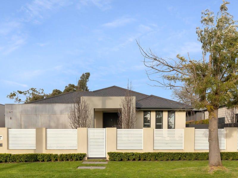33 Roborough Avenue, Mount Eliza, Vic 3930