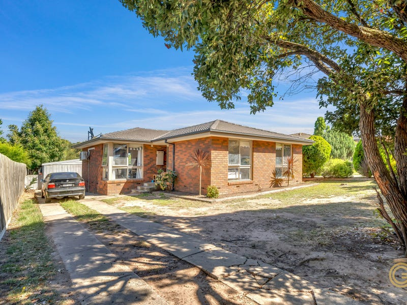 5 Ellaswood Court, Hampton Park, Vic 3976