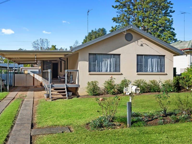 74 Luttrell St, Hobartville, NSW 2753