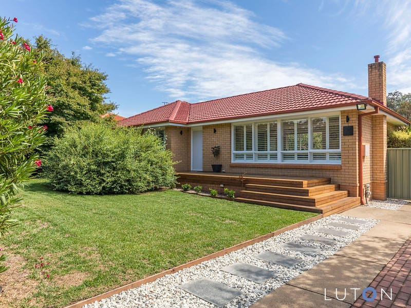 2 Riley Place, Chifley, ACT 2606