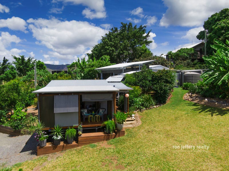 3 George Street, Brooloo, Qld 4570