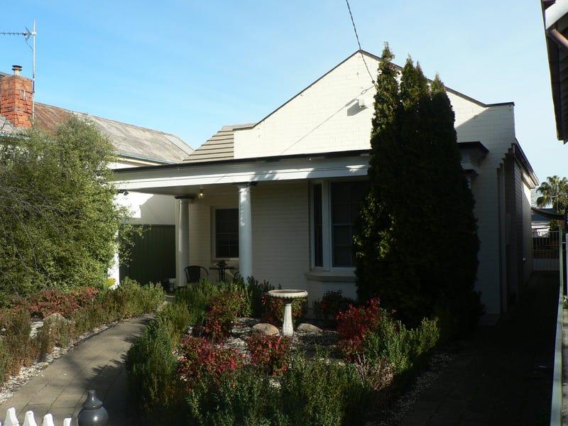 18 Oates Avenue, Wagga Wagga, NSW 2650