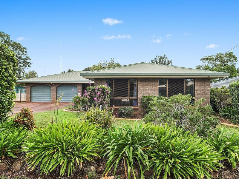 34 Cleary Street, Centenary Heights, Qld 4350