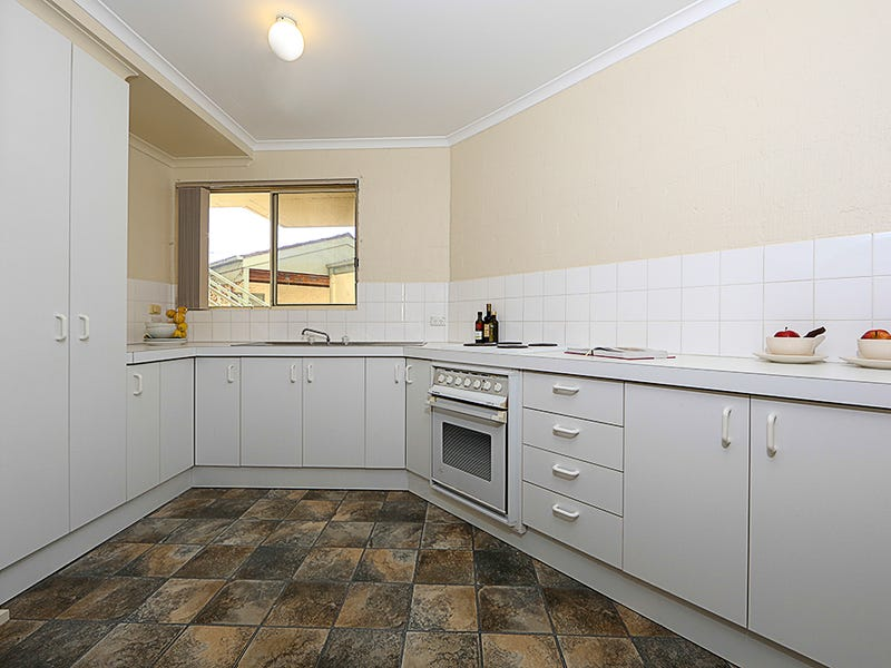 2/26 Chaseling Street, Phillip, ACT 2606