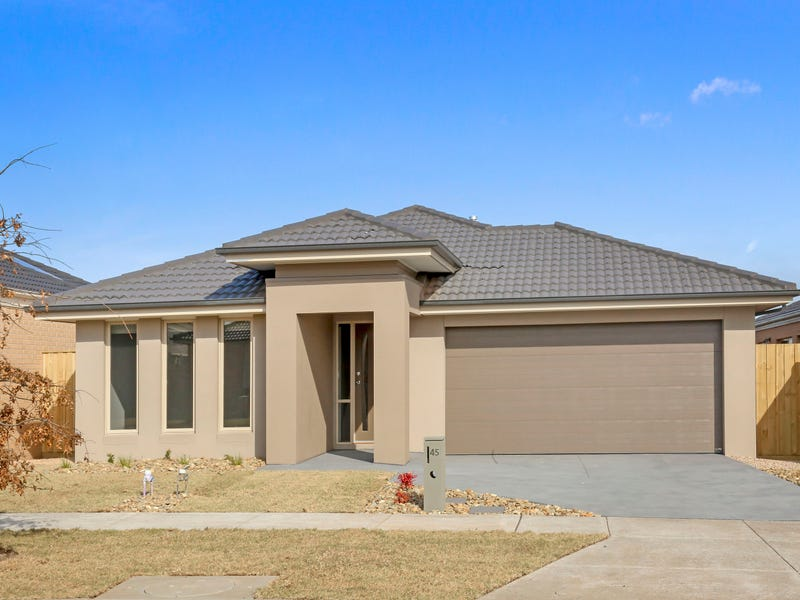 45 Golf Links Drive, Beveridge