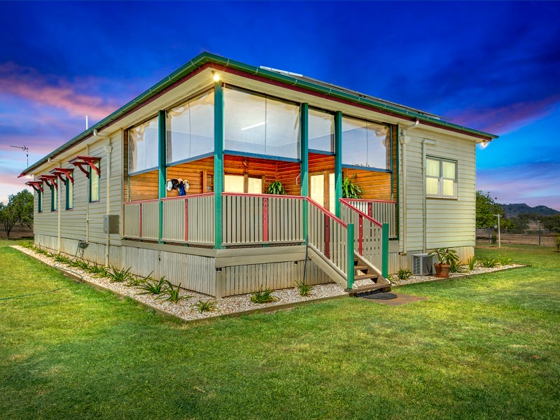 86 Holmes Road, Gowrie Junction, Qld 4352