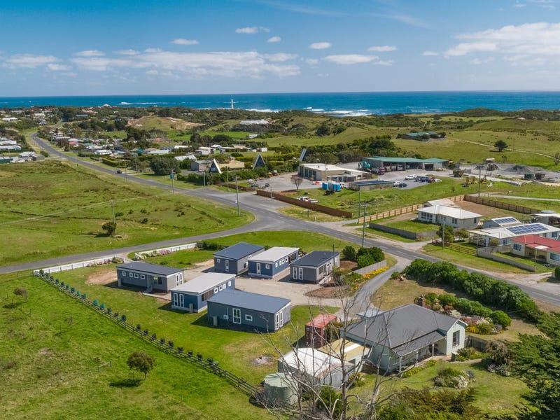 100 Main Road, Currie, Tas 7256