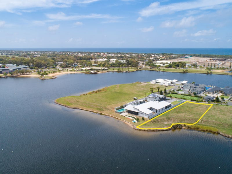 9 Entrance Island, Bokarina, Qld 4575