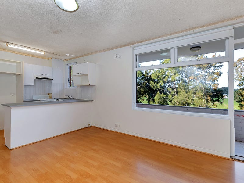 9/2 Campbell Parade, Manly Vale