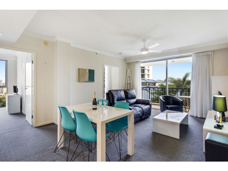 0/23 Ferny Avenue, Surfers Paradise, Qld 4217