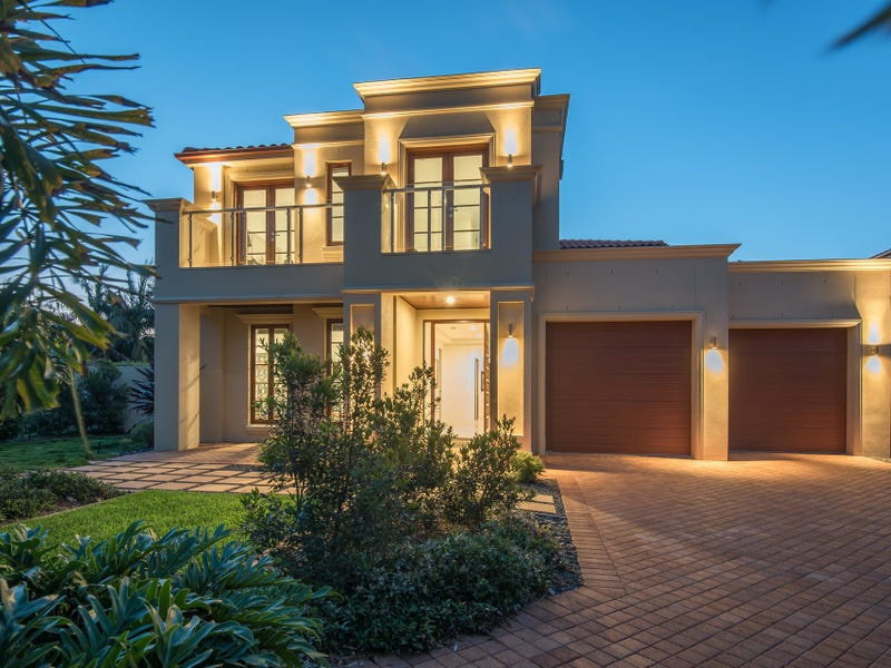 13 Springs Crescent, Noosa Heads, Qld 4567