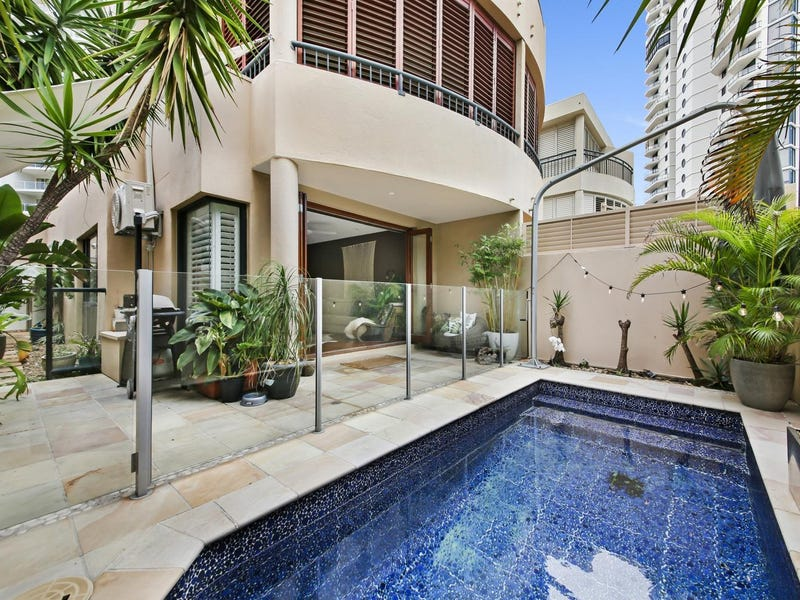 2/3 Mountbatten Avenue, Main Beach, Qld 4217