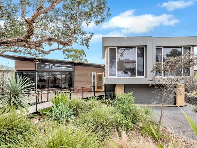 11 Dawbiney Avenue, Craigburn Farm, SA 5051