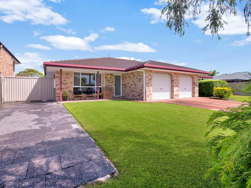 2/3 Woodlands Drive, Banora Point, NSW 2486